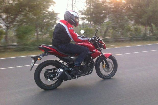 Suzuki GSR150 2014