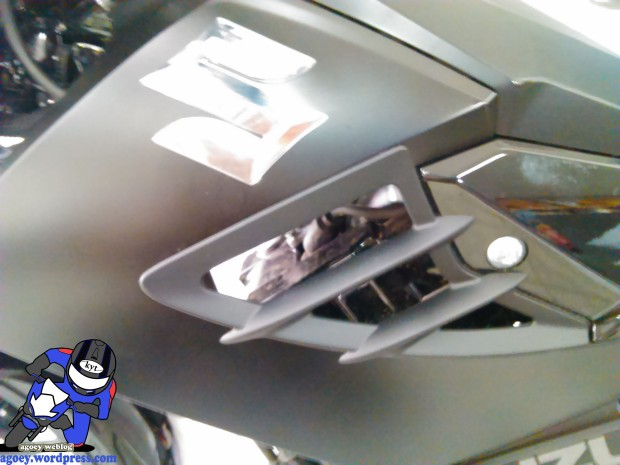 Suzuki Satria Black Predator (10)