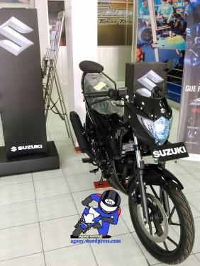 Suzuki Satria Black Predator (4)