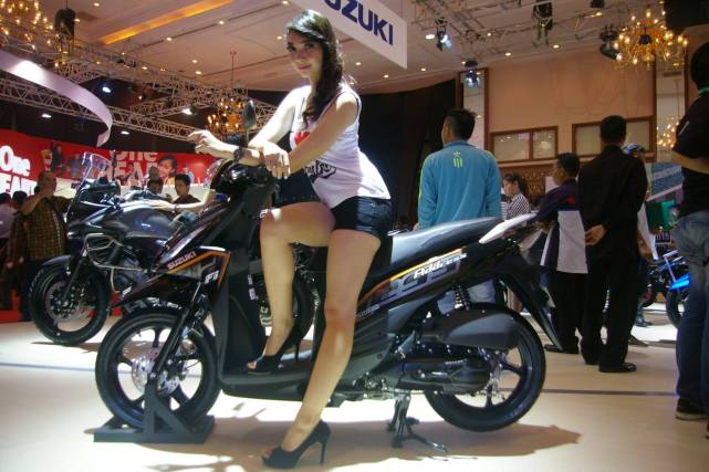 Suzuki Address Titan Black