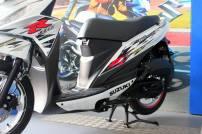 Suzuki Address R Putih9